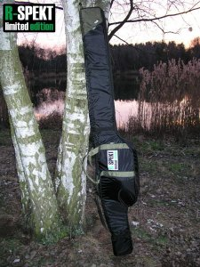 R-Spekt Double 11´ polstrované černé pouzdro na 2 pruty - Double LUX s kapsou na podběrák